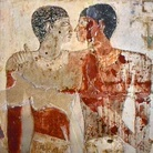 Il bacio mai dato di Niankhkhnum e Khnumhotep raffigurati nella loro mastaba (tomba), Piramide di Unas, Necropoli del Nord Saqqara | Si ipotizza che i due uomini, antichi servi reali egiziani durante i regni di Niuserra e Menkauhor, VI e VII faraone della V Dinastia, nella seconda metà del XXV secolo a.C., fossero amanti, anche se alcuni egittologi sostengono che potrebbero essere stati fratelli o gemelli.