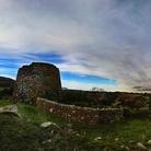 L'isola delle torri porta i suoi nuraghi in tour