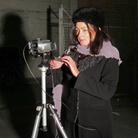 Lisa Filming with CanonHV20, The Big Kitty, Un film di Lisa Barmby e Tom Alberts, 70 min, Australia 2019 | Courtesy Tom Alberts & Lisa Barmby | Courtesy Tom Alberts & Lisa Barmby
