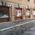 Vetrine accese. Gli artisti degli atelier in Piazza San Marco