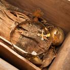 La tomba di Enrico VII rivela i suoi preziosi tesori