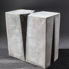 Nedda Guidi. Ritorno da Gubbio. Opere in ceramica a smalto anni '60 Blu Sèvres, Bianco e Nero