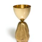 Intorno ai vasi sacri. Cinque maestri del design italiano ripensano il calice