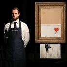 """Come raccontare un uomo senza volto? Parla Elio España, regista di """"Banksy - L'Arte della Ribellione"""""""