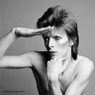 La leggenda di David Bowie in cento scatti. Heroes - Bowie by Sukita