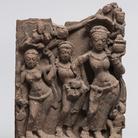 Gaṅgā, Dea del fiume, India centrale, Fine VIII - Inizio IX secolo d.C., Arenaria rossa, 46 cm