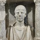 Monumento a edicola con ritratto di defunto, Inizio II secolo d.C. Calcare, 60 x 29 x 71.5 cm, Museo Archeologico Nazionale di Aquileia | Foto © Gianluca Baronchelli