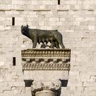 Lupa presso la Piazza Capitolo ad Aquileia, Si tratta di una copia della Lupa Capitolina   Foto: © Gianluca Baronchelli