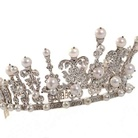 I gioielli del potere: corone e tiare