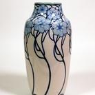 Galileo Chini, Vaso, 1903-04, maiolica. Faenza, Museo Internazionale delle Ceramiche in Faenza