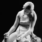 Mimmo Jodice, Anonio Canova, Maddalena penitente, Marmo, 95 x 70 x 77 cm, San Pietroburgo, The State Hermitage Museum | © Mimmo Jodice