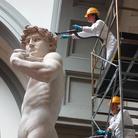 La manutenzione del David di Michelangelo
