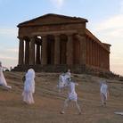 Lo spettacolo dell'alba: dei ed eroi alla Valle dei Templi