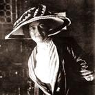 Rosa Genoni (1876-1954): una donna alla conquista del '900 per la moda, l'insegnamento, la pace e l'emancipazione