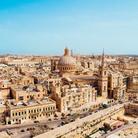 7000 anni di arte sull'isola sacra del Mediterraneo: dai templi megalitici a Renzo Piano