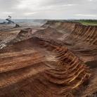 Edward Burtynsky, Coal Mine #1, North Rhine, Westphalia, Germany, 2015   Foto © Edward Burtynsky   Courtesy of © Admira Photography, Milan / Nicholas Metivier Gallery, Toronto