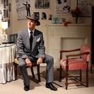 Il detective Guy Boyman interpretato da Trent Baxter (alias Tom Alberts), Un film di Lisa Barmby e Tom Alberts, 70 min, Australia 2019 | Courtesy Tom Alberts & Lisa Barmby