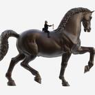 """Il Cavallo di Leonardo """"a spasso"""" per Milano. L'omaggio di 13 designer da San Siro al centro città"""