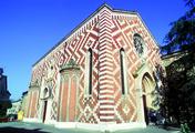 immagine di Chiesa di S. Croce in S. Giacomo Maggiore detta dei Carmini