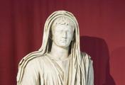 immagine di Sala II, la statua di Augusto