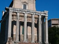 immagine di Tempio di Antonino e Faustina