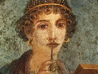 immagine di Medaglione con busto ritratto detta poetessa Saffo