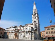 immagine di Torre Ghirlandina