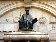 immagine di Statua di Tommaso Rangone
