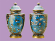 immagine di Coppia di vasi con scene di  fiori e uccelli Manifattura di Nagoya