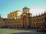 immagine di Piazza Dante (Largo del Mercatello)
