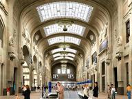 immagine di Pensiline vetrate della Stazione Centrale Moderna di Milano