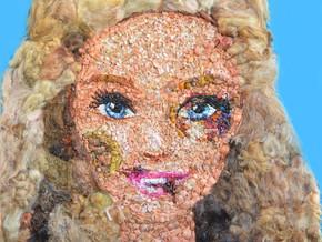 Here 2017: tra le opere la Barbie Tumefatta di Lady Be alla Cavallerizza Reale di Torino