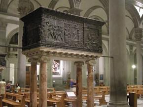 immagine di Pulpito della Passione(navata sinistra)e Pulpito della Resurrezione(navata destra)