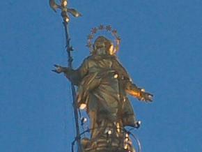 immagine di Statua della Madonnina