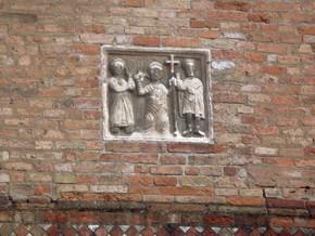 immagine di Cristo morto e il cappellano Bartolino