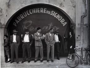 Suggestioni d'Italia. Dal Neorealismo al Duemila. Lo sguardo di 14 fotografi