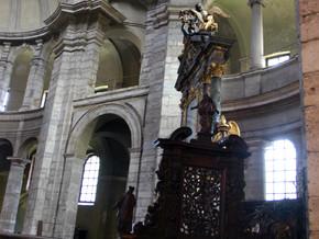 immagine di Altare Maggiore-Madonna del Latte