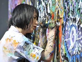 Live painting di Miwa Komatsu