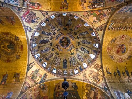 Interno della Basilica di San Marco, Venezia   Foto: Emi Cristea / Shutterstock.com