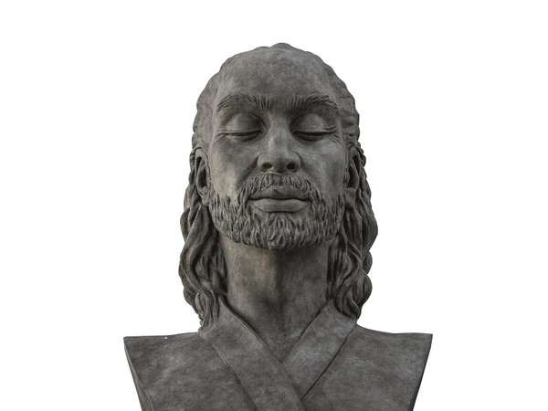 Helga Vockenhuber, Il nuovo Adamo, 2012, bronzo, cm. 200 x 130 x 290 h