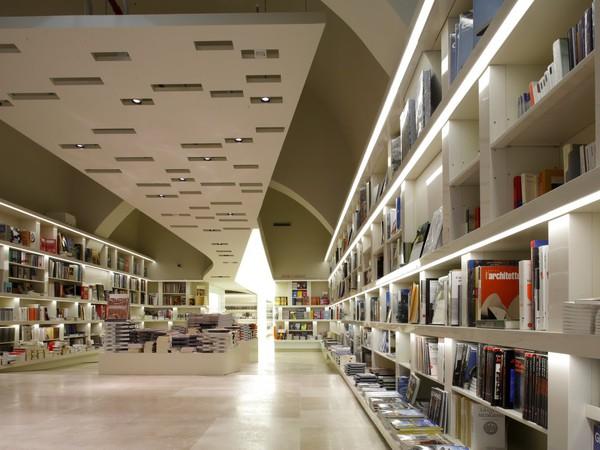 Bookshop del palazzo delle Esposizoni: Libreria Bookàbar