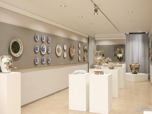 Mostra dell'Artigianato Artistico Abruzzese, Palazzo dell'Artigiano, Guardiagrele (CH)
