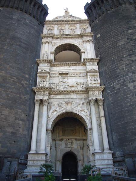 Arco di Trionfo di Alfonso d'Aragona
