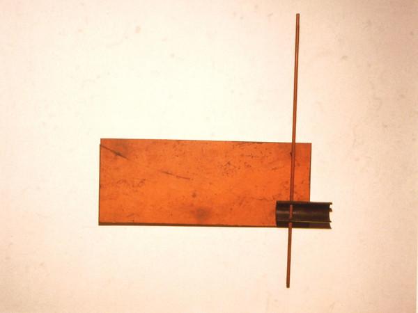 <span>Ettore Colla, Rilievo rosso con asta verticale, 1966</span>