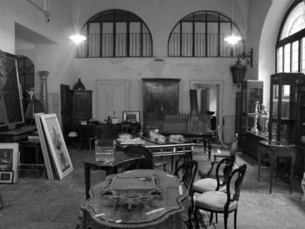 Biblioteca milano for Oggetti x la casa