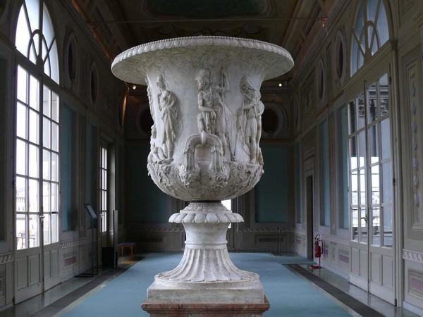 Di nuovo agli Uffizi il monumentale cratere ateniese<br />