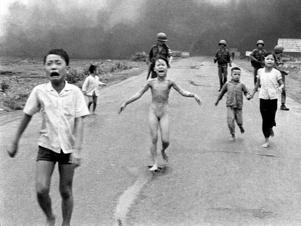 Nick Ut, Napalm Girl, Vietnam, 1972