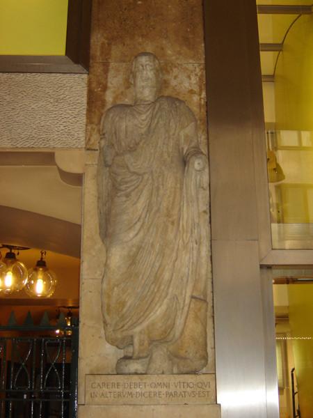 """Omm de Preja (o Sur Carera), una delle cosiddette """"Statue Parlanti"""""""