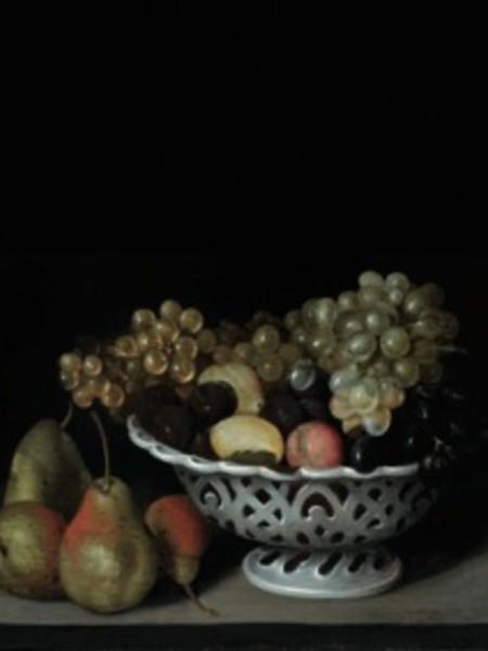 Fede Galizia, Pere e cesto di ceramica con uva e prugne