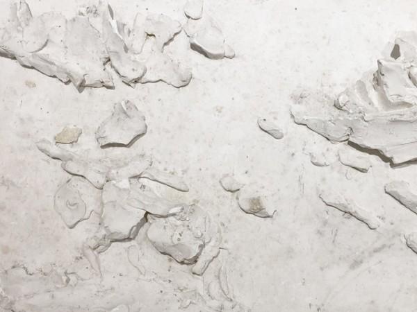 Lucio Fontana, Terzo bozzetto in gesso della <em>Quinta Porta</em> del Duomo | Courtesy of Museo del Duomo di Milano